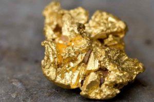 Золото в земной коре: концентрация и добыча